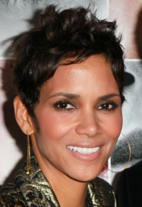 celebrity style diamond shape face Halle Barry